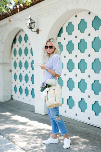 top tumblr blue top bag basket bag denim jeans blue jeans sneakers white sneakers sunglasses
