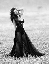 dress,prom,indie,amazing,celebrity,black dress,prom dress,afelch962,waynasia bennett,selena gomez,black