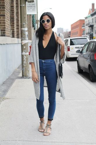 top black jeans blue jeans high rise jeans black top black t-shirt cardigan brand street