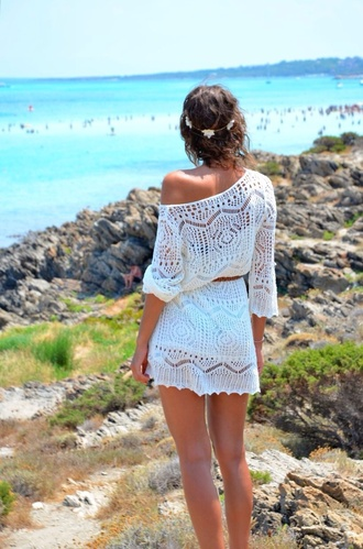 dress crochet white dress offshoulder beach dress crochet lace dress tumblr clothes cream dress summer dress summer outfits cute dress sundress hot weather jewels sexy headband white off the shoulder white crochet dress boho knitwear white knitted belted lace boho dress beach short dress crochet dress knitted dress beach look