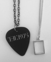 jewels,the 1975,accessories,necklace,top,th 1975