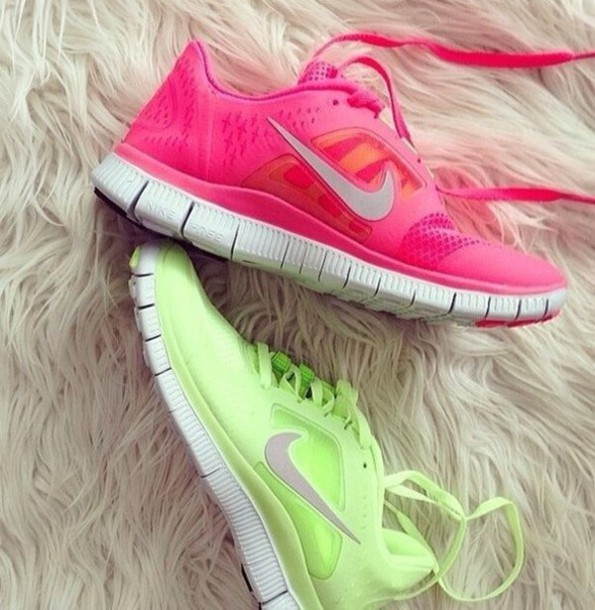 Nike Pink And Green Running Shoes Shoes Nike Nike Running Shoes