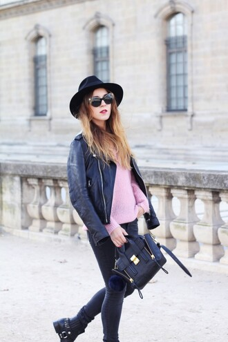 elodie in paris blogger jacket sweater jeans shoes hat bag sunglasses