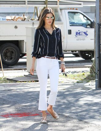 jeans cropped bootcut white jeans cropped jeans white jeans cropped bootcut jeans shirt striped shirt alessandra ambrosio model model off-duty celebrity style celebrity flats espadrilles mirrored sunglasses sunglasses spring outfits