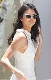 sunglasses,white,kendall jenner,white sunglasses,model,model off-duty,kardashians