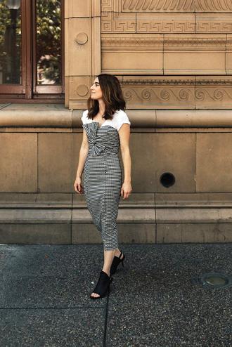 dress tumblr tube dress midi dress grey dress t-shirt white t-shirt shorts mules black shoes shoes