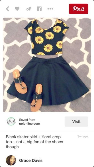 top floral top floral crop top skater skirt black skirt crop tops circle skirt earphones skirt