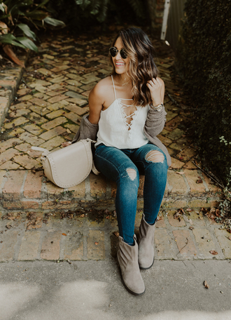 hauteofftherack blogger shoes bag jeans tank top cardigan sunglasses ankle boots fall outfits top shoulder bag