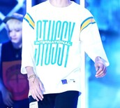 top,white long sleeve,bts,kpop,kim taehyung,stussy,stussy long sleeve,fashion,winter outfits,white,long sleeves,stussy t-shirt