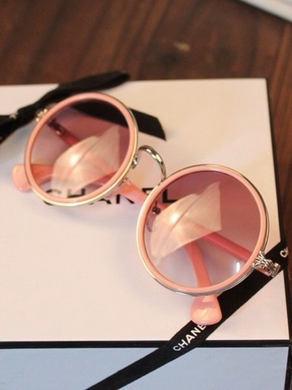 sunglasses chanel round shades pink pink sunglasses chanel sunglasses urban pastel pink round sunglasses