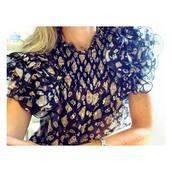 blouse,black blouse