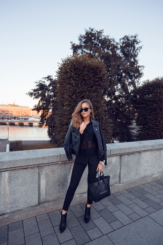 kenza blogger sheer perfecto all black everything black jeans