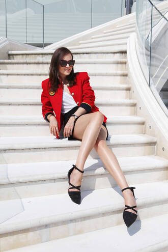 style scrapbook blogger jacket t-shirt shoes jewels sunglasses