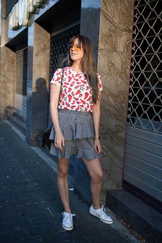 t-shirt tumblr graphic tee skirt gingham gingham skirt sneakers white sneakers low top sneakers
