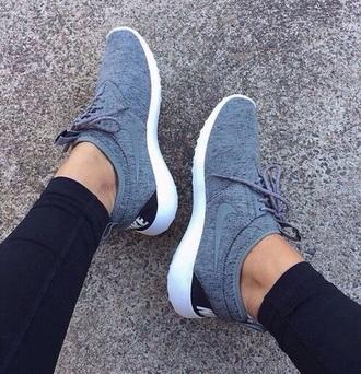 shoes grey black nikes