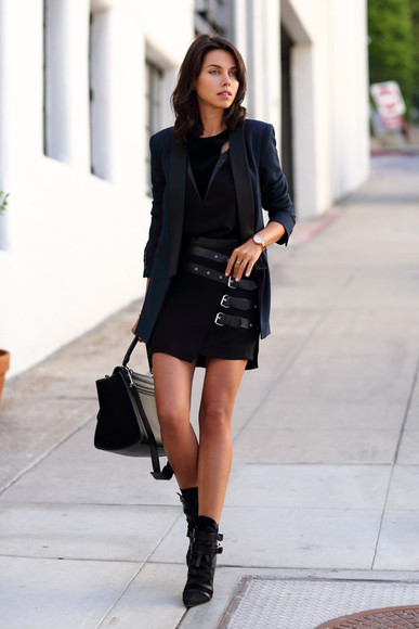 bag buckles blogger black viva luxury top jacket jewels sunglasses cut-out skirt edgy
