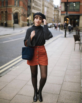 skirt tumblr mini mini skirt button up button up skirt sweater grey sweater beret tights boots black boots bag blue bag