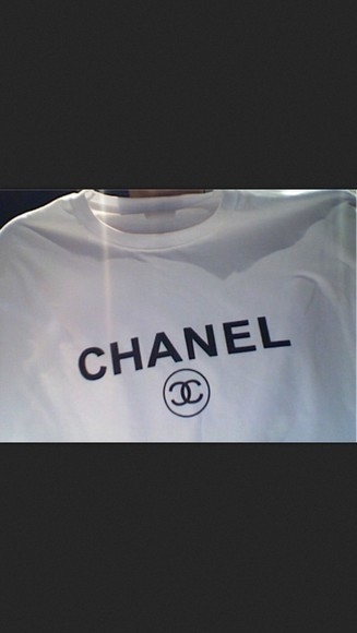 tee white shirt chanel t-shirt beautiful must like