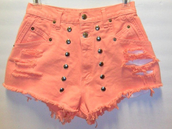 Vintage zena  high waist peach denim shorts by turnupthevolume