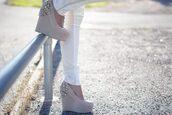 shoes,diamonds,beige,heels,wedges,sequins