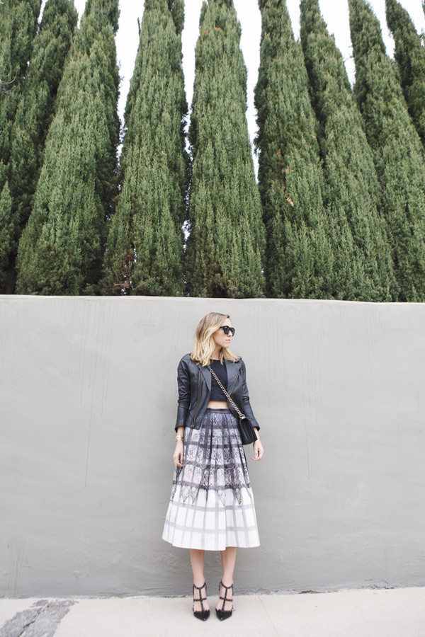 damsel in dior skirt jacket t-shirt shoes jewels