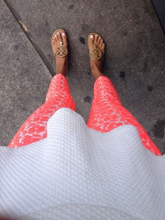 pants shoes print pants pink print pants pink pants coral pattern blouse white peplum top pink neon