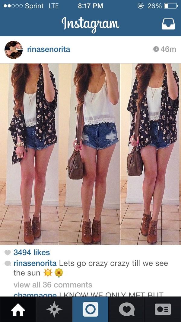 blouse shoes shorts shirt