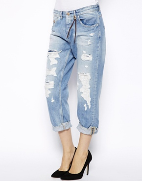 Maison Scotch | Maison Scotch Le Garcon Boyfriend Jeans with Rips at ASOS