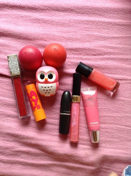 jewels mac pink red black awesome eos lip balm lipbalm maybelline babylips baby lips owl cute