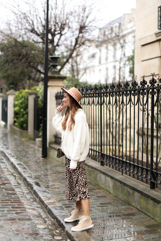 skirt leopard print midi skirt sweater white sweater sneakers high top sneakers hat felt hat knit