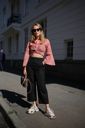 pants,crop tops,black pants,shoes,bag,sunglasses