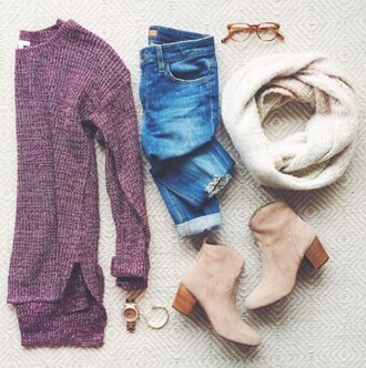 sweater jeans red purple outfit top blue jeans skinny jeans burgundy burgundy sweater oversized sweater infinity scarf booties knitwear knitted sweater knit sweaters oversized scarf white