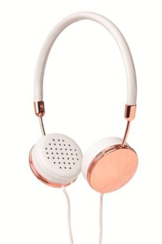 jewels headphones copper chic daddy classy copper headphones tumblr can't handle the beauty ✋ just can't handle way to perfect perfect headphones earphones