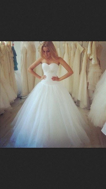 dress white dress debutante prom dress princess wedding dresses wedding dress white white wedding dress wedding wedding dress clothes teal dress ballgown wedding dress strapless dress long dress elegant long elegant dress long prom dress