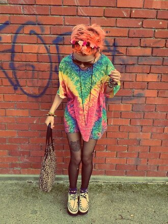 t-shirt love cute hot tie dye red blue green multicolor hippie orange hair ginger hipster summer shirt rainbow oversized t-shirt panties white creepers