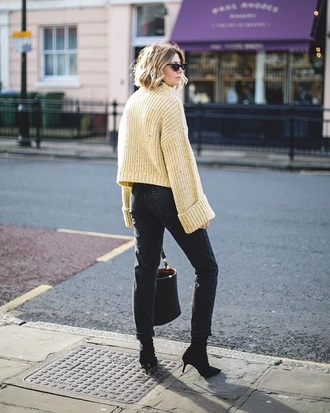 sweater yellow sweater black boots knitwear knit knitted sweater black jeans jeans denim boots sunglasses bag