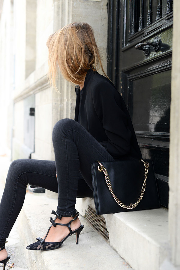 the petticoat blogger jacket top jeans bag shoes pointed toe classy elegant black jeans black blazer chain bag all black everything office outfits medium heels