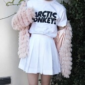 shirt,white,black,t-shirt,skirt,jacket,coat,pink,silk,fluffy,cute,lovely,fall outfits,winter outfits,clothes,outfit,aesthetic,tumblr,arctic monkeys tee,tennis skirt
