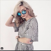sunglasses,two-piece,glasses,hipster,cute,blue,shades,dope,grunge,amanda steele,makeupbymandy24