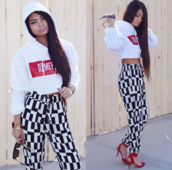 pants,sweater,crop tops,hoodie,white,red,pattern,jeans