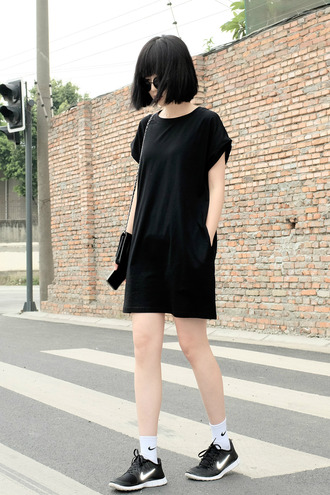 dress t-shirt dress black shirt dress black t-shirt dress minimalist boyish