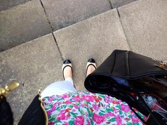 shoes beige ballet flats