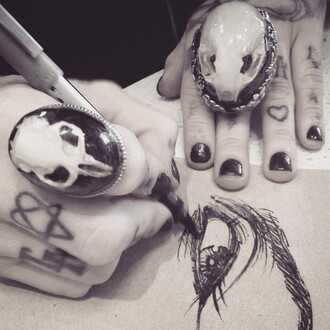 jewels ring skulls skull tattoo grunge gothic