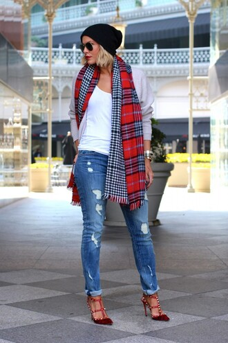 the courtney kerr blogger sunglasses tartan scarf ripped jeans studded shoes beanie
