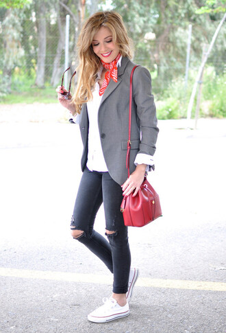 te cuento mis trucos blogger scarf jeans bag jacket shoes