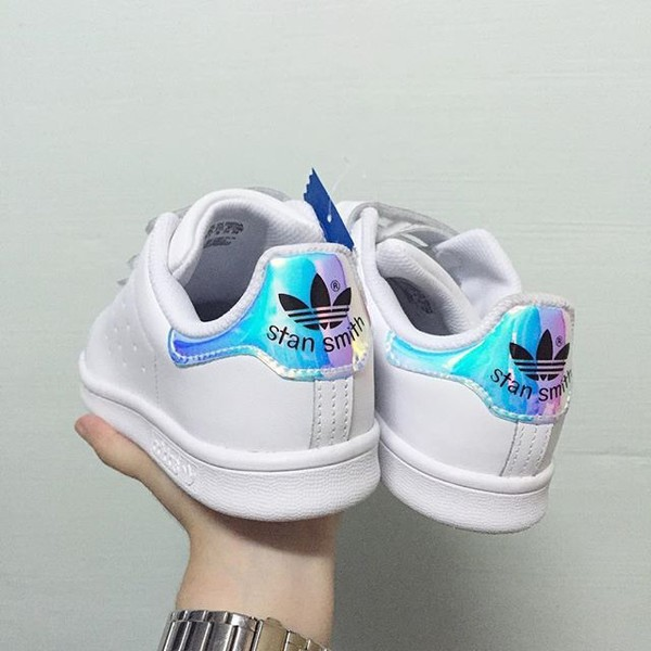 separation shoes bc406 4ca06 adidas stan smith hologram iridescent