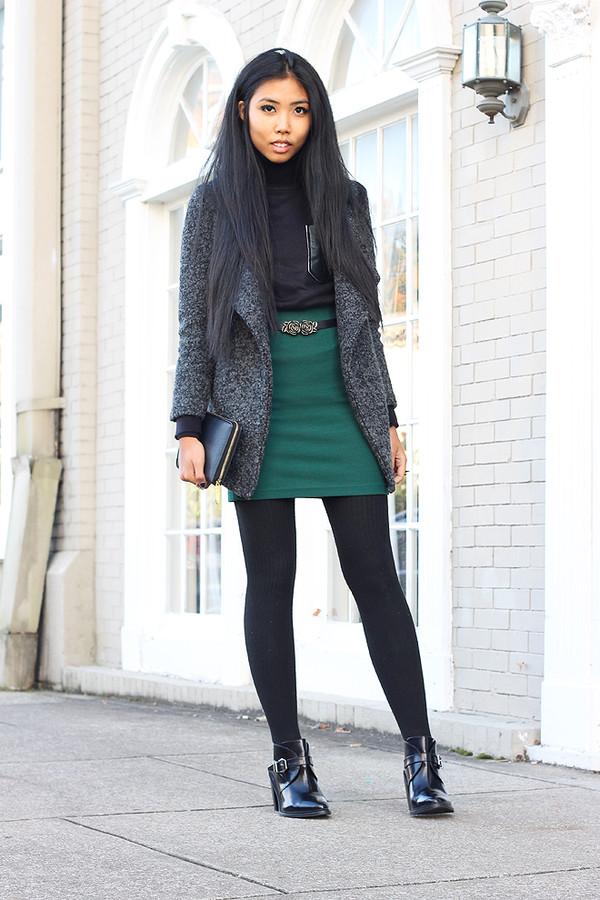 fashion of a novice sweater skirt coat shoes