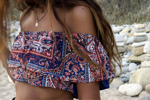 red elegant tumblr t-shirt top beach blue pink tumblr outfit tumblr girl tumblr clothes blouse crop tops cropped bralette tumblr shirt boho boho chic boho shirt indie hispter summer outfits outfits outfit cut-out girly pattern paisley colorful casual short top tank top
