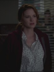 shirt,floral,grey's anatomy,april kepner,sarah drew,cardigan,maternity