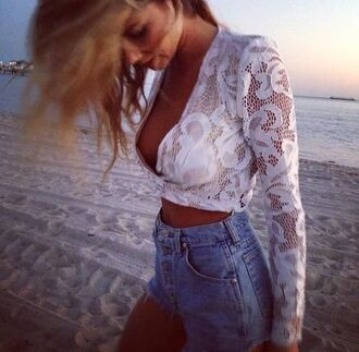 blouse lace crop tops long sleeves deep v white shorts denim shorts levi's classic vintage